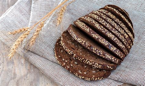 whole grains rich in iron best iron rich foods to boost haemoglobin top 10 foods to