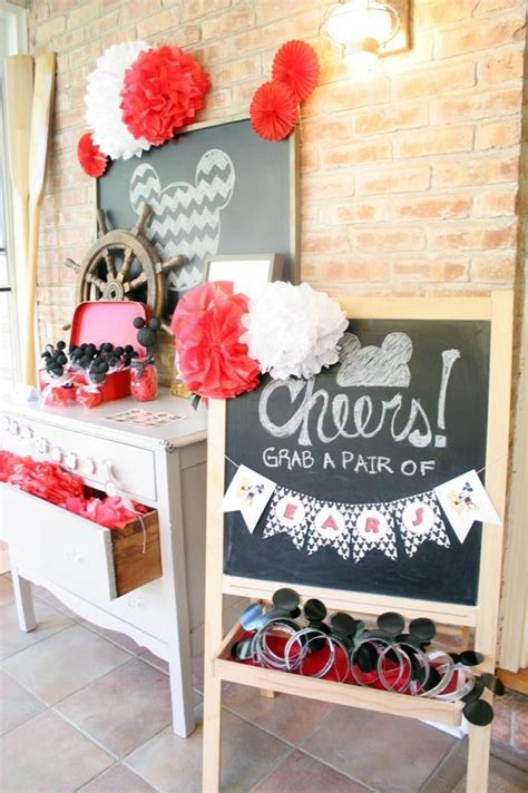 25  best ideas about Mickey Mouse Wedding on Pinterest