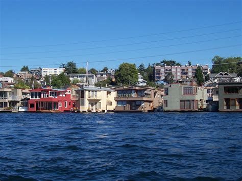 house boats wa seattle wa houseboats on the lake photo picture image washington at city data com