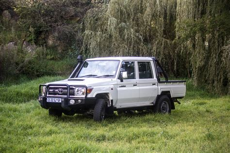 land cruiser pickup v8 toyota land cruiser lx v8 test drive