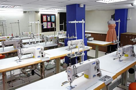 Pattern Making Lab | fashion designing courses in mumbai fashion institutes in