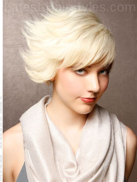 how to cut womens hair in short flipped layered time to write flipping out