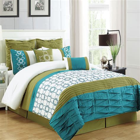 Homechoice Comforters by Homechoice International Lissy 8 Comforter Set
