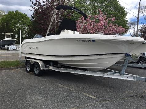 robalo boats in ct robalo new and used boats for sale in ct