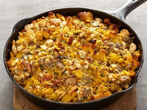 Traditional Thanksgiving Oyster Stuffing