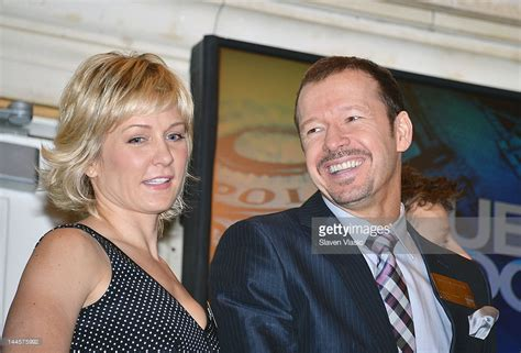 blue bloods the cast of quot blue bloods quot visits the new york stock