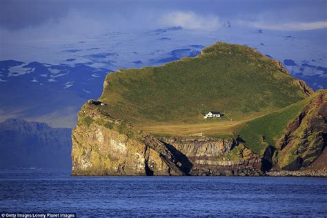 house on an island would you spend the night in these bizarre houses pics protothemanews com