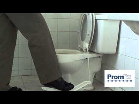 toilet seat lifter pedal sanomatic toilet seat lifter pedal levanta tapa