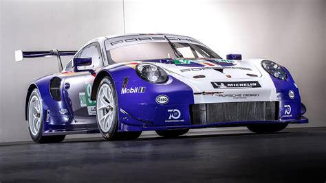 Le Mans Porsche by Classic Colours For Porsche Racers At Le Mans 24 Hours