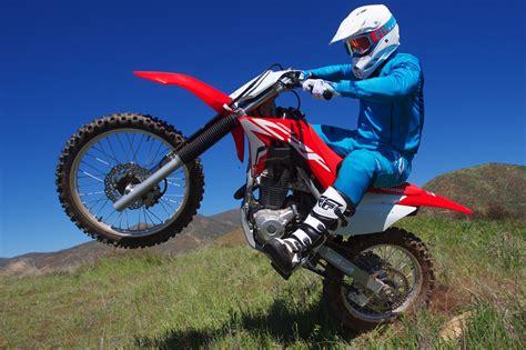 2019 honda 250f 2019 honda crf250f review 17 fast facts