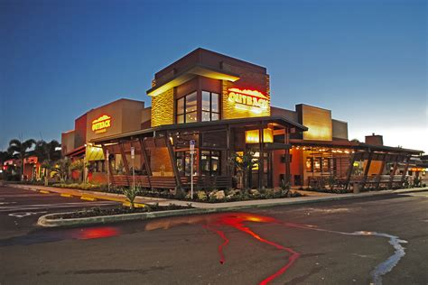 Outback Steakhouse DP3 Architects