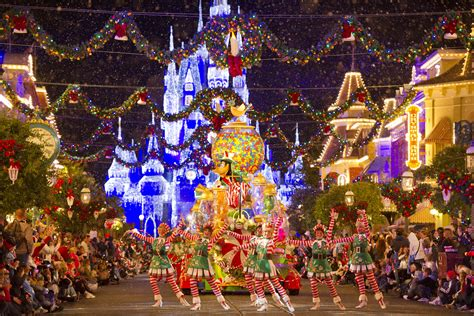 the best theme park christmas events for 2013