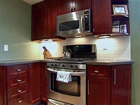installing kitchen cabinets diy kitchen catch up how to install cabinets hgtv