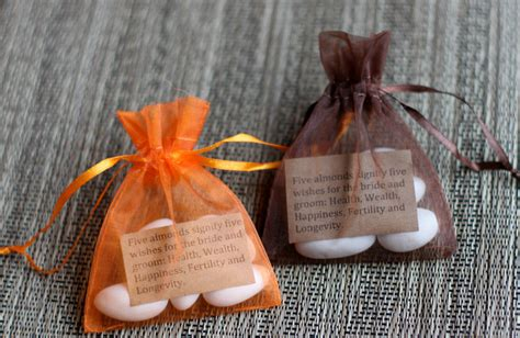Wedding Favors Almonds by Buying The Almonds Traditions