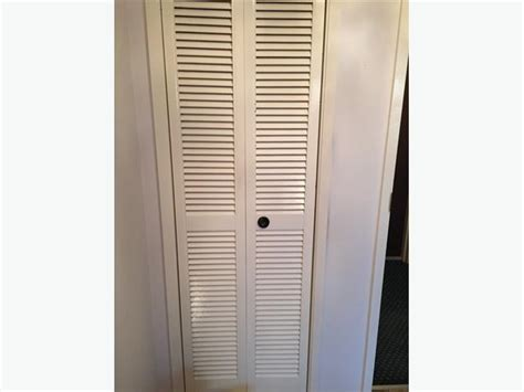 White Louvered Closet Doors Louvered Bifold Plantation Style Closet Door White Excellent Condition City