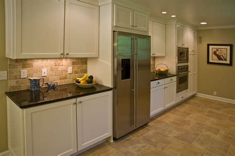 kitchen cabinets with backsplash brick backsplash in the kitchen presented with soft colors combination home design decor