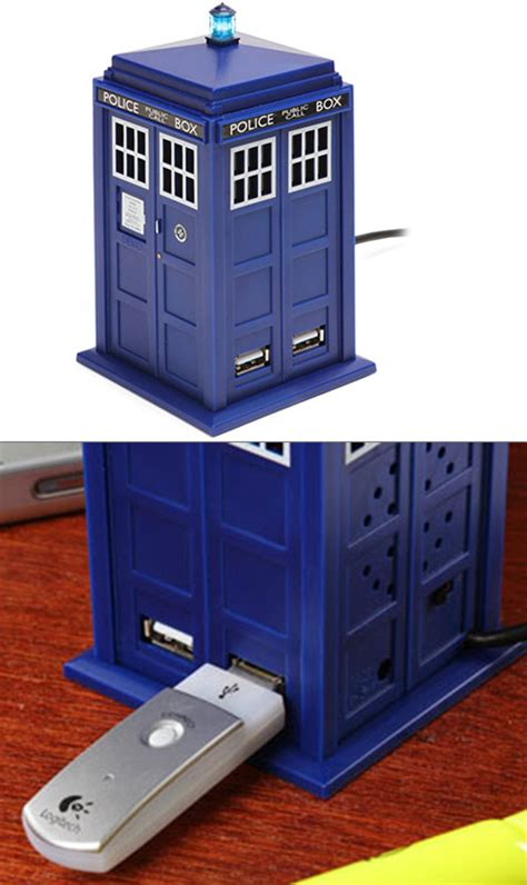 Usb Tardis Complete With Vworp by Doctor Who Tardis Usb Hub Lights Up With Sound Effects