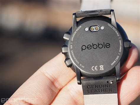 Smartwatch Pebble pebble time review a prettier design comes with tradeoffs