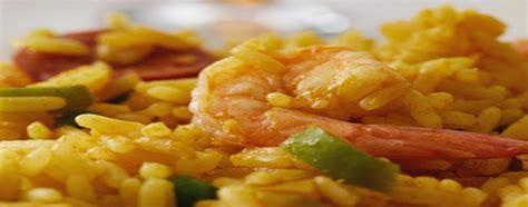 ricette mediterranee ricette ricette ricette veloci riso giallo con gamberi e peperoncini verdi ricette