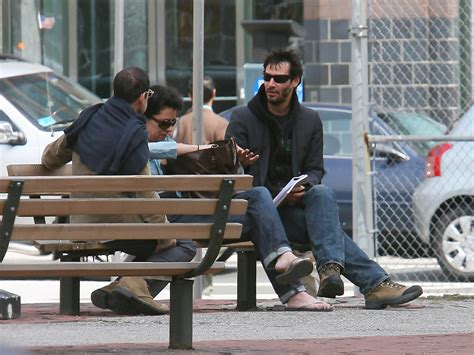 keanu reeves bench keanu reeves in keanu reeves drinks coffee in ny zimbio