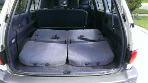find   toyota previa dx mini passenger van  door