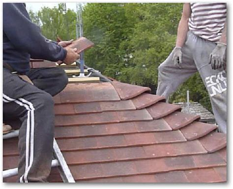 Hipped Tiled Roof A Detailed Photographic Record Of Reroofing A Detached