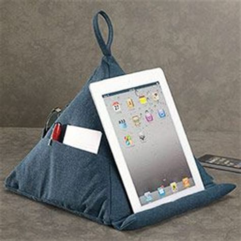 best ipad pillow for reading in bed best 25 ipad holder for bed ideas on pinterest