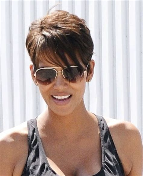 pictures of halle berrys short haircuts from the side and the back view recent hairstyle of halli berry color halle berry