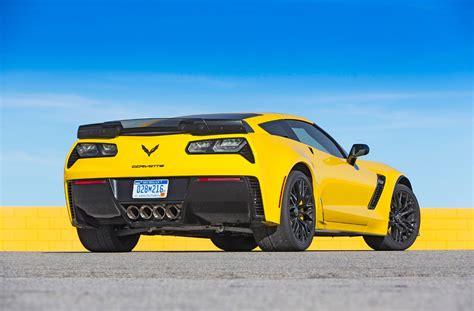 Nissan Gtr Vs Corvette by Test Nissan Gt R Nismo Vs Corvette Z06 2015 Scc500