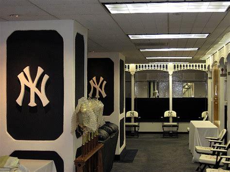 new york yankees bedroom ideas yankee locker room my style pinterest