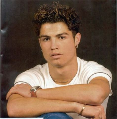 is bad to curlhair for a comb over ask rogelio the side swept curly hairstyle of cristiano