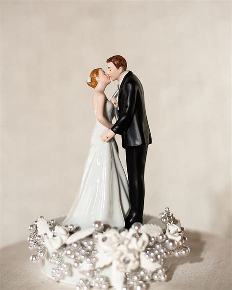 Cake Topper Quot Tie Ing The Knot Quot Pearl Wedding Cake Topper