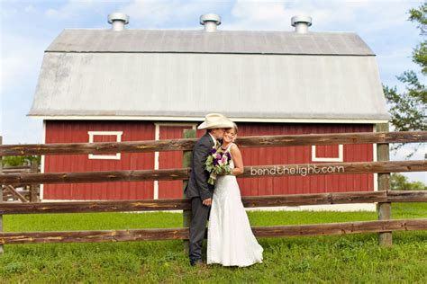 river rock ranch comfort tx lyn rygh bend the light texas barn wedding welcome to