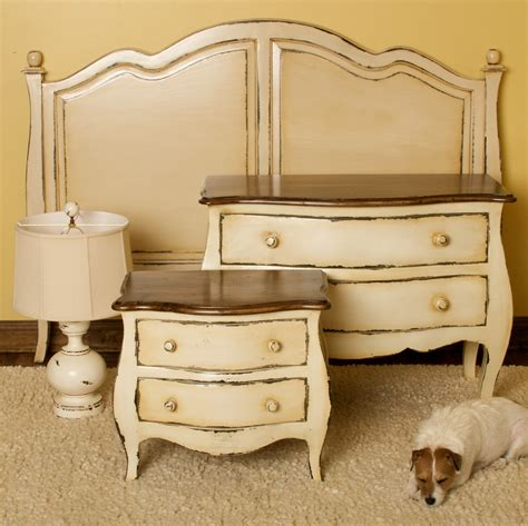 looking for bedroom set antique looking bedroom furniture otbsiu com