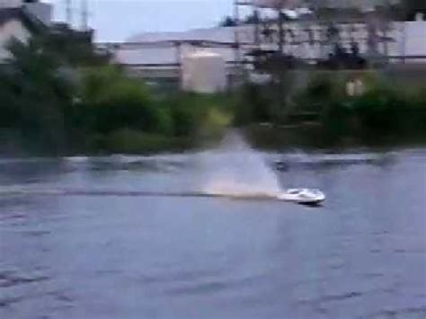 super fast rc speed boat super fast rc gas powered speedboat with 26cc marine