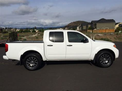purchase used 2012 nissan frontier sv sport package in montgomery alabama united states for sell used 2012 nissan frontier sv crew cab pickup 4 door 4 0l sport package in bend oregon