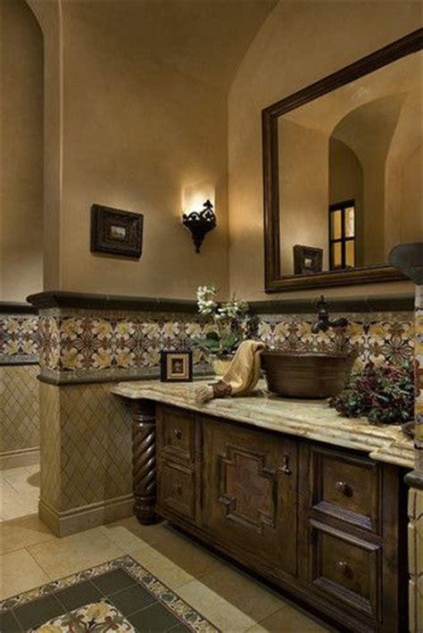 tuscan themed bathroom best 25 tuscan bathroom decor ideas on pinterest tuscan