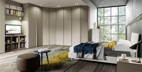 creare armadio creare nuovi spazi in con l armadio ad angolo