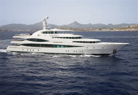 yacht market feadship s 223 foot superyacht lady christine hits the