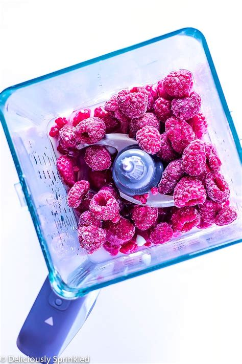 raspberry lime smoothie deliciously sprinkled raspberry lime smoothie deliciously sprinkled