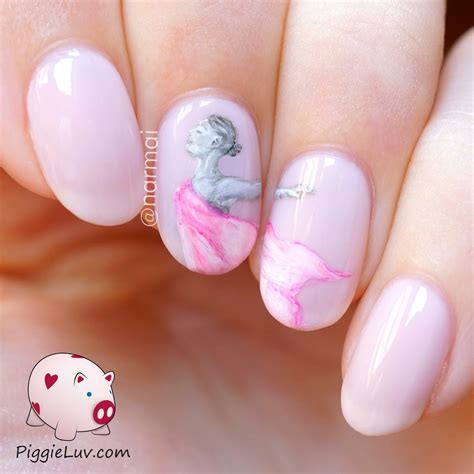 Freehand Nail by Piggieluv Color Changing Modern Dancer Nail