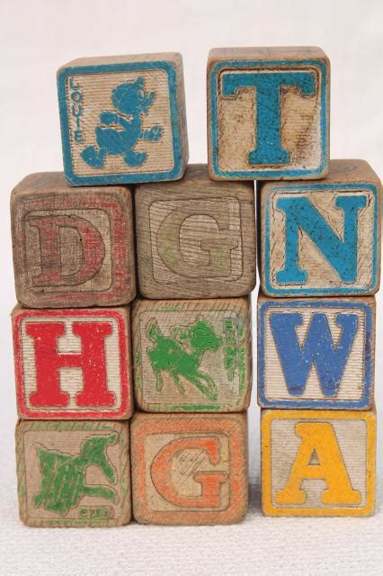 wood pattern and spelling toy vintage wood alphabet blocks lot primitive worn old