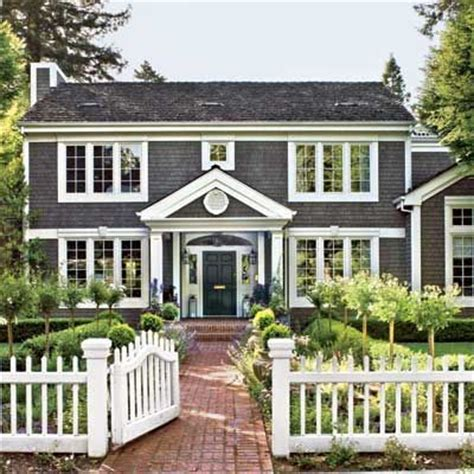 contemporary colonial homes best 25 modern colonial ideas on pinterest colonial exterior colonial and colonial style homes