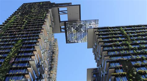 Smart House Design by The Vertical Garden Tallest In The World By Jean Nouvel 00