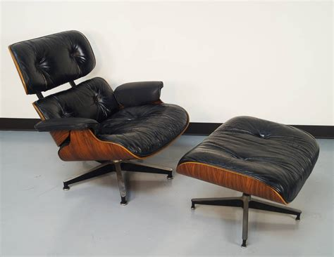 Comfy Big Chair Design Ideas Comfy Chair And Ottoman Design Ideas Stratford Chair And Ottoman W Ultra Comfy Cushions Most