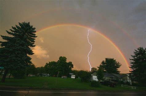 Thunder Rainbow wordlesstech tag thunder