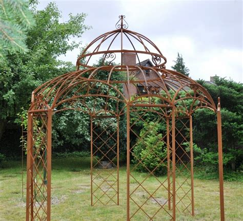 gartenpavillon rund metall anvitar gartenmobel eisen rost gt interessante ideen