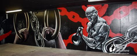 box crossfit decorado  mural graffiti pintura mural