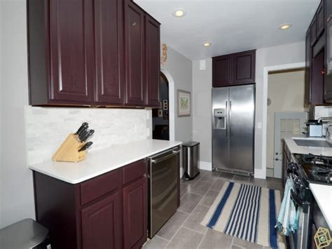 dark brown kitchen cabinets with gray walls 15 best images about grey paint on