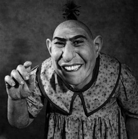 born freak documentary circus freaks schlitzie the pinhead the way we were
